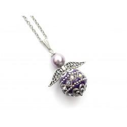 Halskette Edelstahl Engel mit Kashmiri-Perle violett Detailansicht Engel